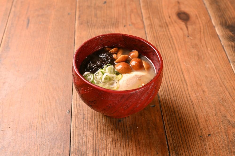 おむすびと汁と茶6SUBI(むすび)
